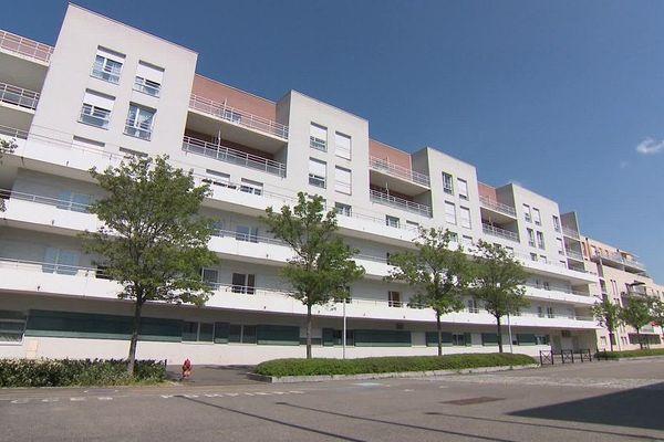 L'établissement compte 86 résidents. 13 sont décédés depuis le début de l'épidémie (chiffre au 11 avril 2020)