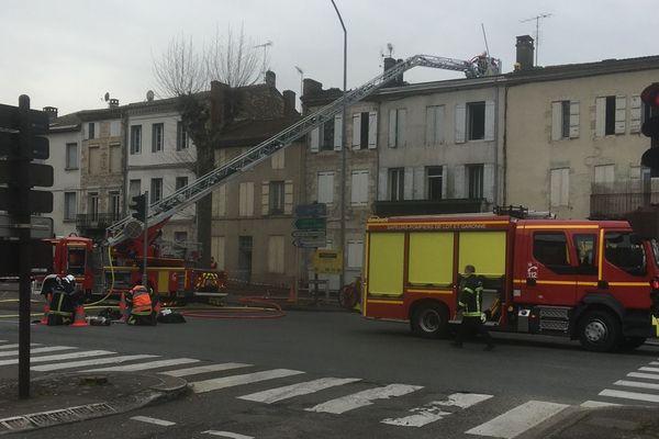 Les immeubles impactés par l'incendie ,entre le 75 et le 79 de l'avenue du Général de Gaulle