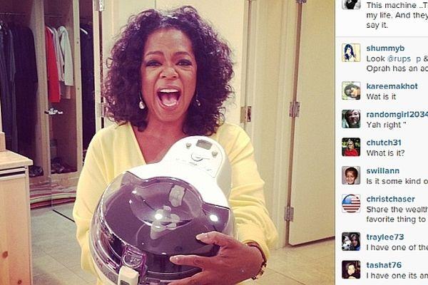 Oprah Winfrey se fait l'ambassadrice de la friteuse sans huile de Seb fabriquée en Côte d'Or