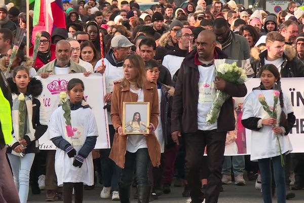 Une marche blanche en la mémoire de Shaïna avait été organisée à Creil le 17 novembre 2019, vingt jours après les faits.