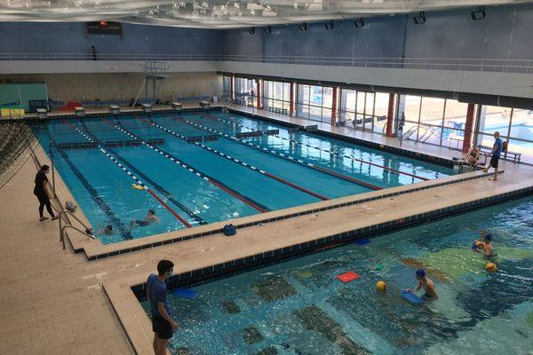 Depuis fin octobre, les piscines ne sont ouvertes qu'au public prioritaires, sections sportives ou le handisport.