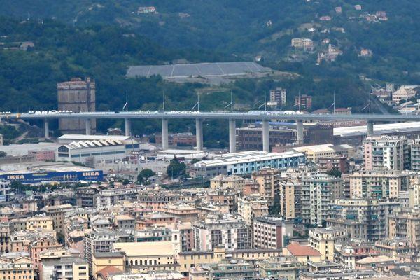 Gênes inaugure son nouveau pont, deux ans après un effondrement meurtrier.