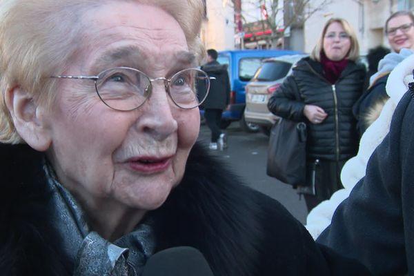 Madeleine Raveaux était l'une des agents de liaison de la résistance dans les départements du Cher et de l'Indre en 1944.