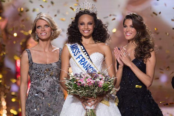 Alicia Aylies lors de son élection Miss France 2017