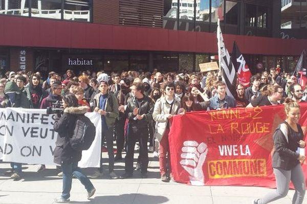 La manifestation regroupe environ 300 étudiants à Rennes
