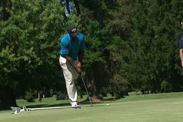 """Manuel de Los Santos ne se sent plus handicapé. Selon lui, le golf est sa """"seconde jambe"""" !"""