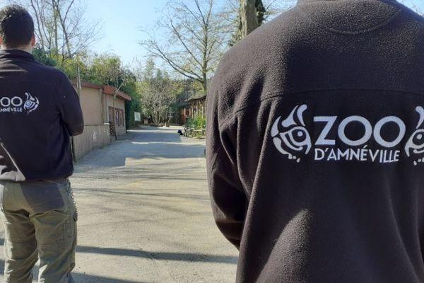 Les salariés du zoo d'Amnéville travaillent par roulement depuis le début du confinement.