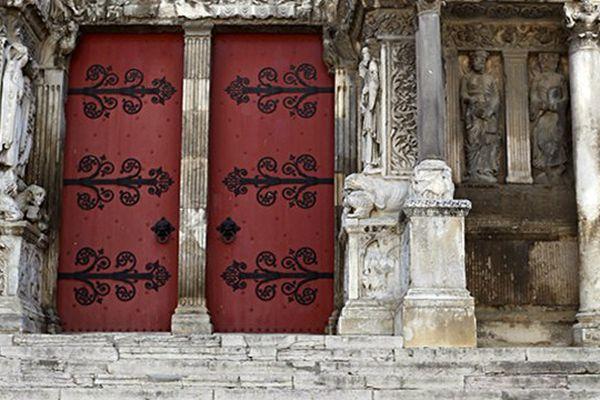 Visite de l'abbatiale de Saint-Gilles dans le Gard lors des journées du patrimoine samedi 19 et dimanche 20 septembre 2015.