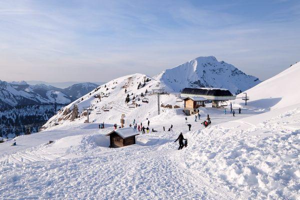 Le domaine skiable franco-suisse des Portes du Soleil à Châtel le 12 février 2017.