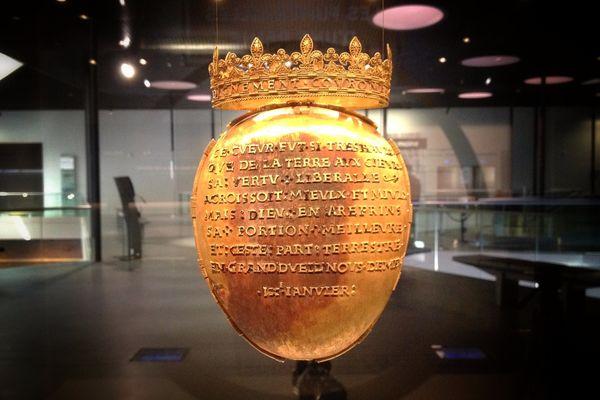 Le reliquaire en or, contenant le coeur d'Anne de Bretagne, est exposé à Rennes jusqu'au 2 novembre.