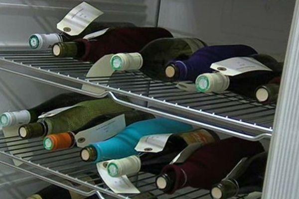 La dégustation des vins d'Isère doit se faire à l'aveugle.