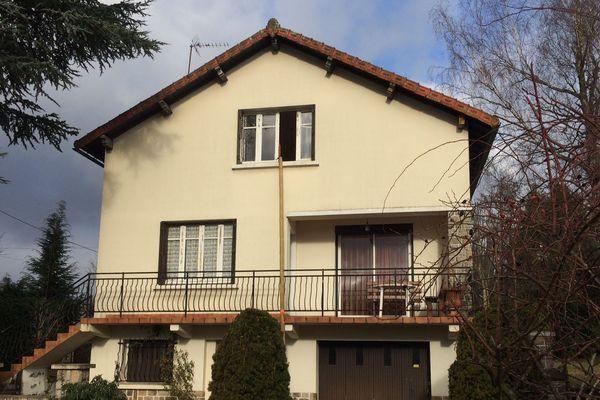 Des combles isolés pour 1 euro dans cette maison qui date de 1958.