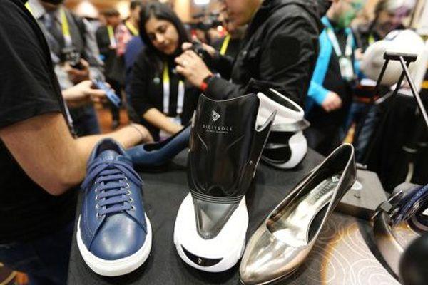 La Digitsole, chaussure connectée Lorraine, présentée au salon Consumer Electronics Show (CES) 2016 à Las Vegas.