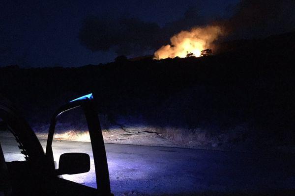 11/08/2017 - Un incendie a éclaté dans la nuit de jeudi à vendredi dans le Cap Corse