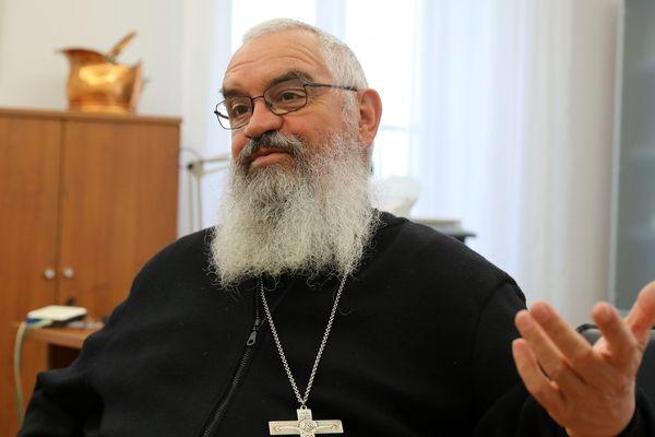 Un groupe de chrétiens du Vaucluse demandent au pape François, la mise à la retraite anticipée de l'évêque d'Avignon, Mgr Jean-Pierre Cattenoz.