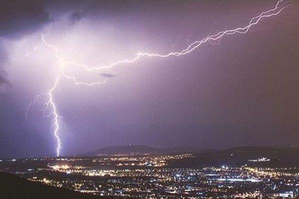 Orage sur Clermont-Ferrand