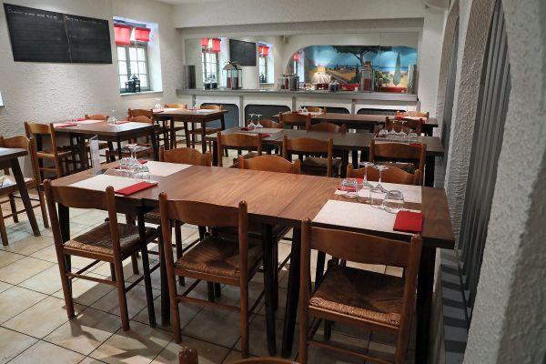 Une vingtaine de restaurants peuvent désormais ouvrir leurs portes aux salariés du BTP pour déjeuner le midi, dans le Puy-de-Dôme.