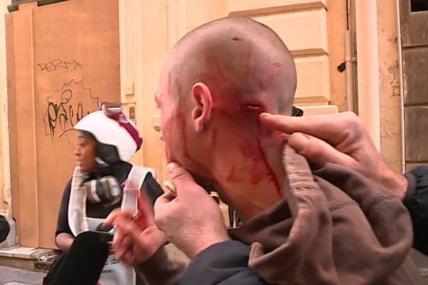 Suite à la manifestation des gilets jaunes samedi 9 novembre à Montpellier, une plainte vient d'être déposée pour violence policière avec saisine de l'IGPN. Six manifestants avaient été blessés.