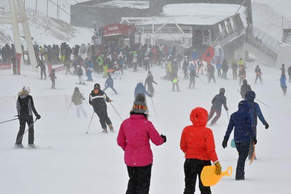 Des skieurs lors de l'ouverture de la station de Val Thorens, le 23 novembre 2019.