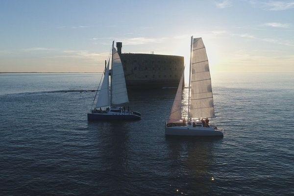 Catamarans Tepee & Zen face au Fort Boyard