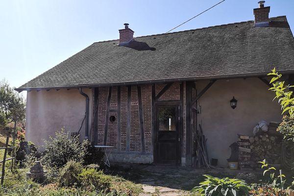 L'éco-hameau du Moulin de Bousseix en Haute-Vienne compte 9 maisons et un habitat commun.