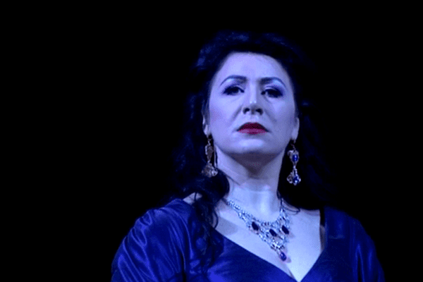 Cellia Costea est Tosca à l'Opéra de Toulon.