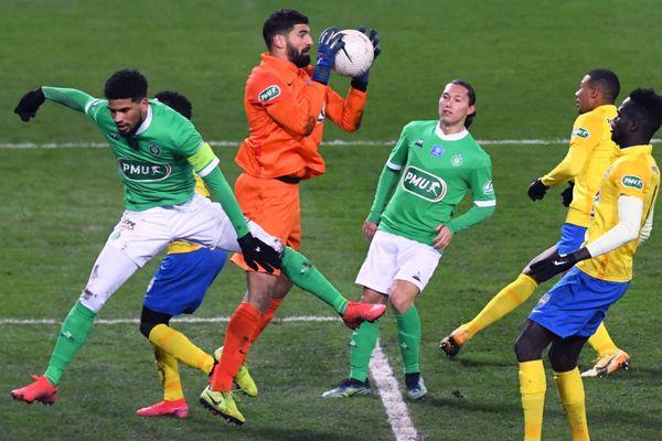 Mehdi Jeannin, gardien du FCSM, a fait de nombreuses envolées en fin de match.