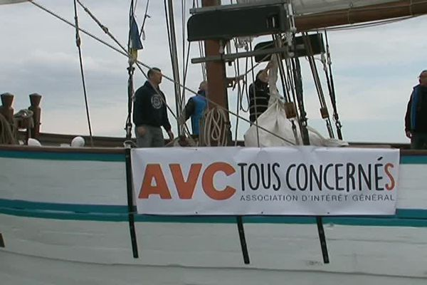 A bord du thonier l'Arawak pour la prévention de l'AVC.