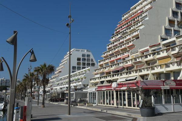 Sur le littoral méditerranéen, les résidences secondaires ont une superficie inférieure à 60 m2 en moyenne