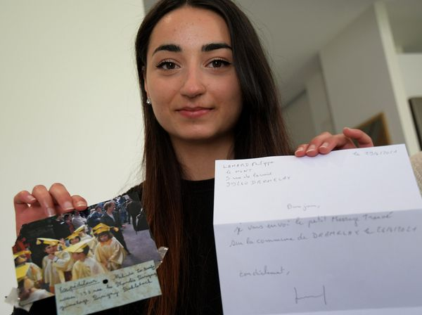 Mélinda Lo Bartolo a retrouvé 17 ans après ce qu'était devenu son ballon lâché dans le ciel avec un message de paix.