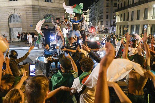 Des débordements avaient émaillé les rassemblements de supporters à Grenoble lors de la qualification de l'Algérie en finale de la CAN. Photo d'illustration.