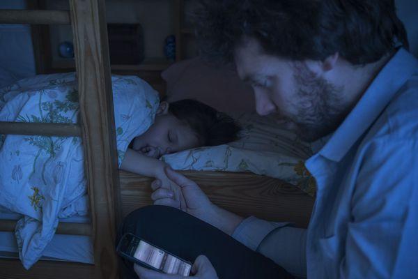 Laissez dormir votre portable dans la cuisine la nuit
