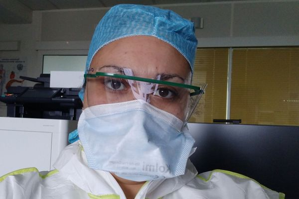 Laure Mougel, étudiante infirmière réquisitionnée lors du plan blanc