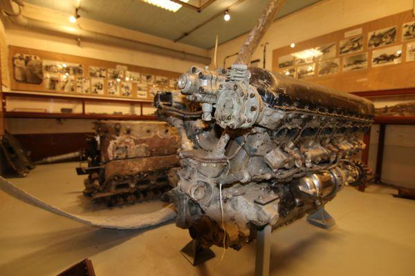 Des moteurs de Spitfire et de Messerschmitt Bf109 tombés dans le Calaisis entre 1940 et 1941, exposés au Musée Mémoire 39-45 Calais.