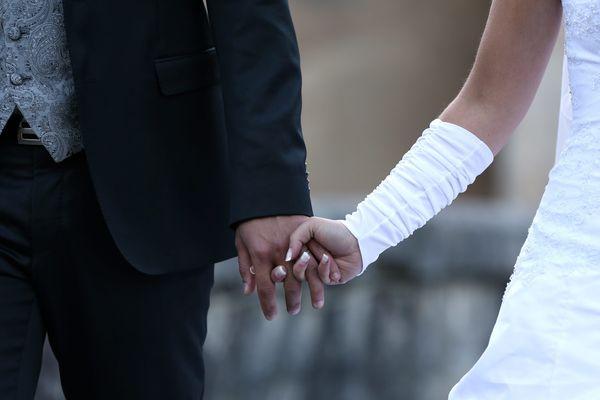 La célébration d'un mariage, en mairie - Photo d'illustration