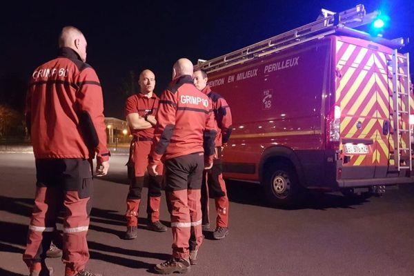 6 pompiers du Grimp de l'Oise sont partis dans la soirée pour venir en renfort sur l'incendie de la cathédrale Notre Dame de Paris.