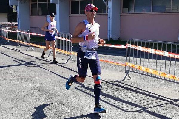 Erik Clavery remporte la 4e place aux championnats du monde des 24 heures de course à pied