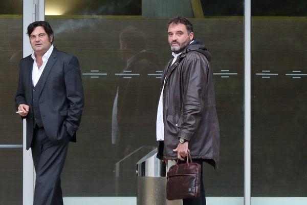 Frédéric Péchier (à droite) et Randall Schwerdorffer, l'un de ses avocats, le 12 juin 2019.