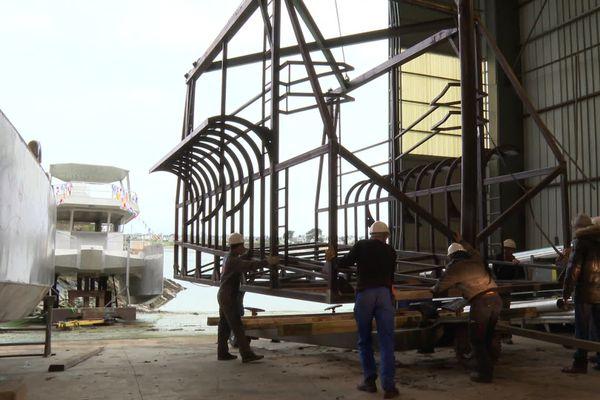 Mécaniciens, soudeurs, chaudronniers, ingénieurs ...le chantier naval Bretagne Sud cherche à recruter.