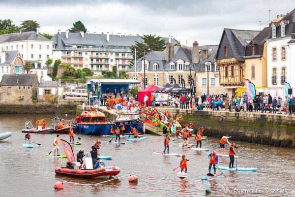Les quais et le port de Saint-Goustan se transforment en base nautique et en village pour cette 7eme edition du SNSM  Morbihan Paddle trophy