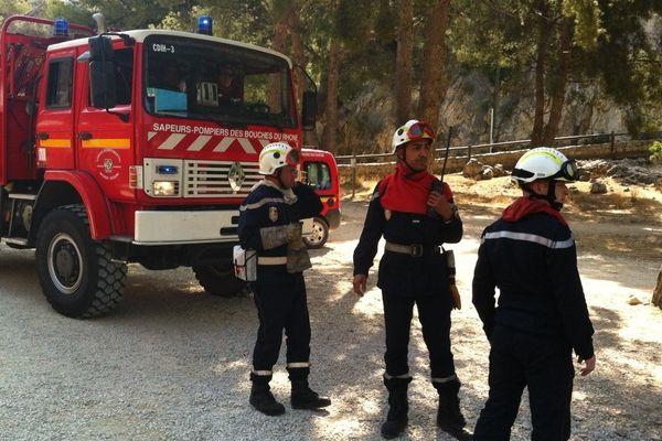 Des pompiers en exercice à Port-Miou.