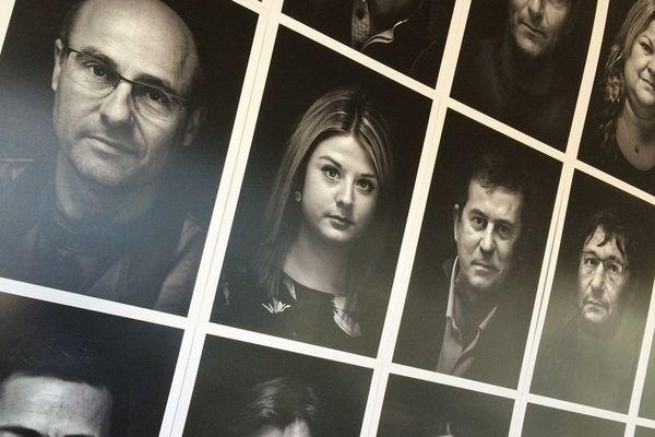 """Un exposition à ne pas manquer : """"Ils ne sont pas que des chiffres"""". Au centre culturel Yves Furet à La Souterraine en Creuse. Les salariés de GM&S montrent leur visage pour sauver leurs 283 emplois menacés par la fermeture de l'usine creusoise."""