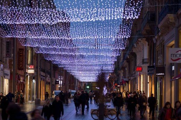 Le plafond lumineux de la rue Alsace-Lorraine