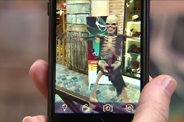 Des personnages dignes des films d'horreur se cachent chez les commerçants montalbanais.