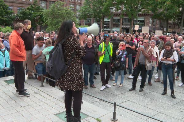 Environ 600 manifestants se sont rassemblés place Kléber à Strasbourg, mercredi 14 juillet, contre le pass sanitaire.