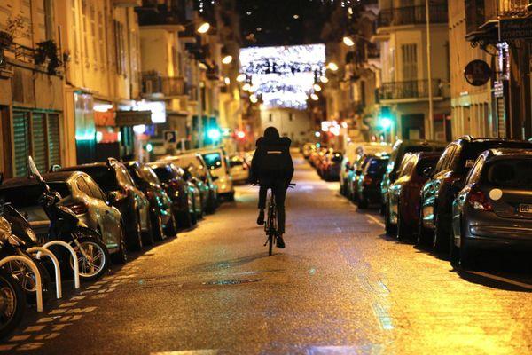 Nice est passée sous couvre-feu à 18h le 2 janvier.