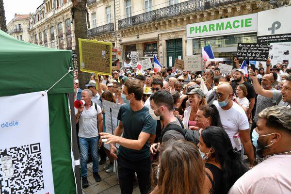 La tente de dépistage de la rue Maguelone, à Montpellier, lors de la manifestation du 31 juillet 2021.