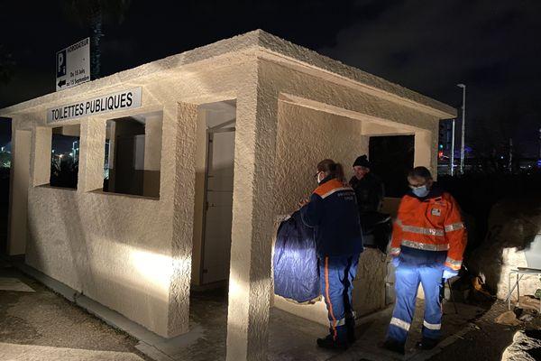 Chaque mercredi soir, les bénévoles de la Protection Civile 06 se rendent au chevet des SDF notamment à Cagnes-sur-Mer dans les Alpes-Maritimes.
