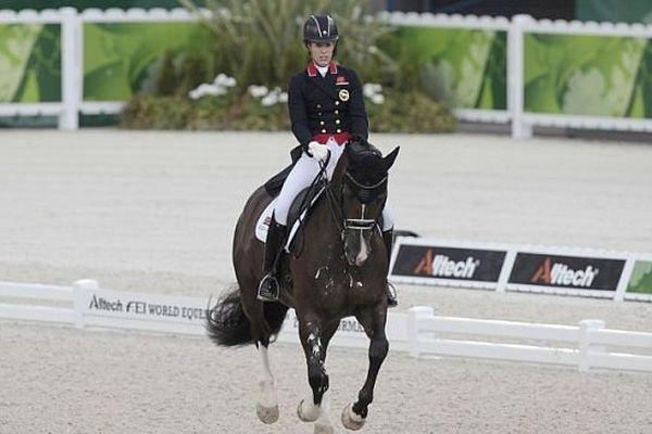 Charlotte Dujardin, la cavalière britannique, est favorite de l'épreuve de dressage individuelle aux JEM 2014