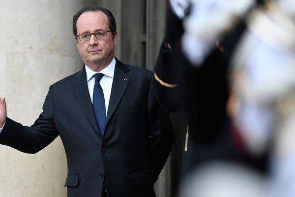 François Hollande est en déplacement dans l'Allier le 9 février 2017. A cette occasion, il est attendu à Domérat où il doit prononcer un discours à tendance économique.